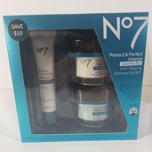 No.7 Advanced anti ageing skin care kit